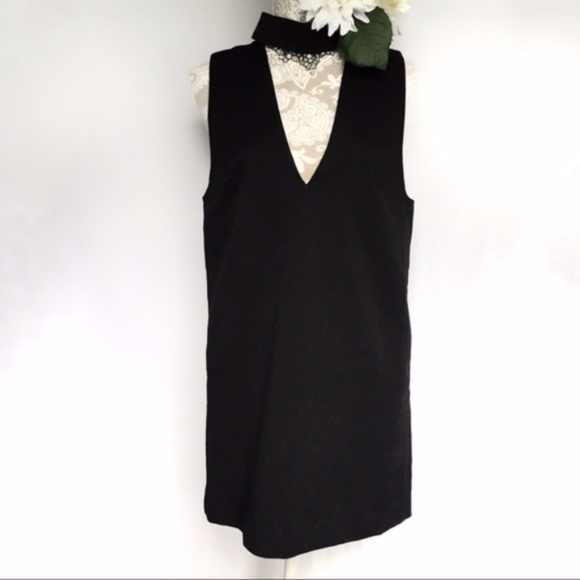 C/MEO Collective / Black Collar V Neck Shift Dress